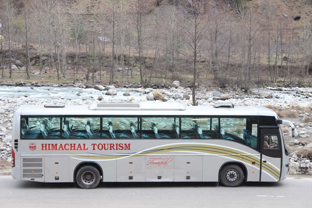 manali delhi volvo bus service